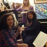 Il colore dei suoni. TRIO3arti:Donatella con Valeria Penteriani alla chitarra ed Emma Carosi ai colori