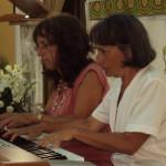 Sorelle al piano (Donatella con Annalisa)