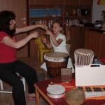 Lezione con strumenti tradizionali ed etnici: triangolo,sanza africana, jambè, metallofono, tamburelli